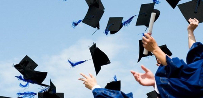 """Giải pháp nào giúp sinh viên ra trường đúng hạn với """"món nợ"""" chứng chỉ tiếng Anh?"""